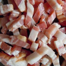 Pieds de porc salé *